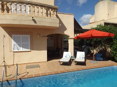 Photo for Nice holiday home with private pool, not far from the beach, free WiFi