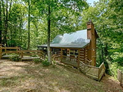Photo for Honeysuckle Cabin on an Acre!~4 mins. from The Parkway!~OCT 28-31 OPEN $175/nt!!