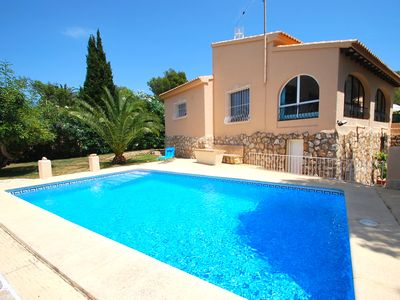Photo for centrical holiday villa with private pool, air-condition, dishwasher