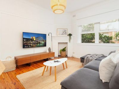 Photo for Bright Beachside Curlewis Apartment