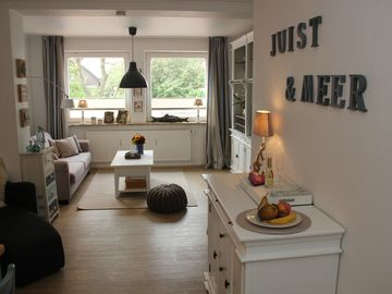 Welcome home -modern, cozy and Central