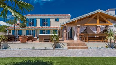Photo for Villa Lux,luxury villa for 8 people, with heated pool