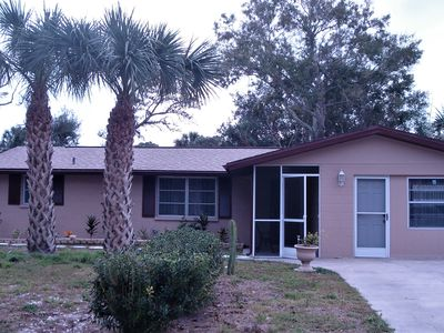 2 Beds 2 Baths Home With Swim Pool 2 Miles To Gulf Beaches