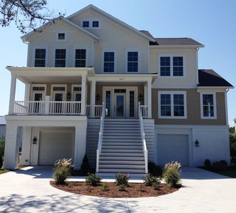 Photo for Beautiful New Home in Luxurious North Bethany - Pool, Kayaks, Fitness Center