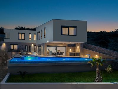 Photo for Luxury Villa Gold Pearl with Pool