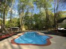 Private outdoor pool open from end of May to Sep