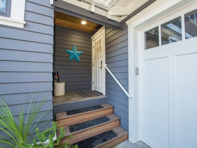 Photo for Lovely New Apartment In The Heart Of Sellwood- Moreland