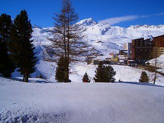 Photo for Apartment With South Facing Balcony, Ski-in Ski-out