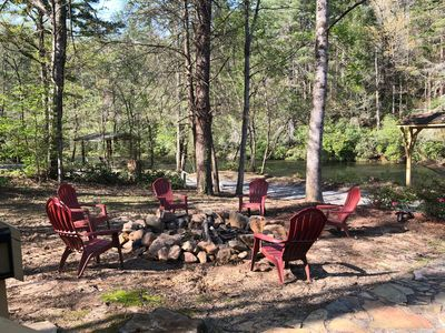 Large fire pit alongside the Toccoa for  large family & friend Smore Toastings!