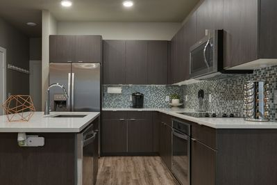Large kitchen with lots of counterspace.