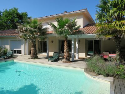 Photo for Luxury villa with pool in Biscarrosse
