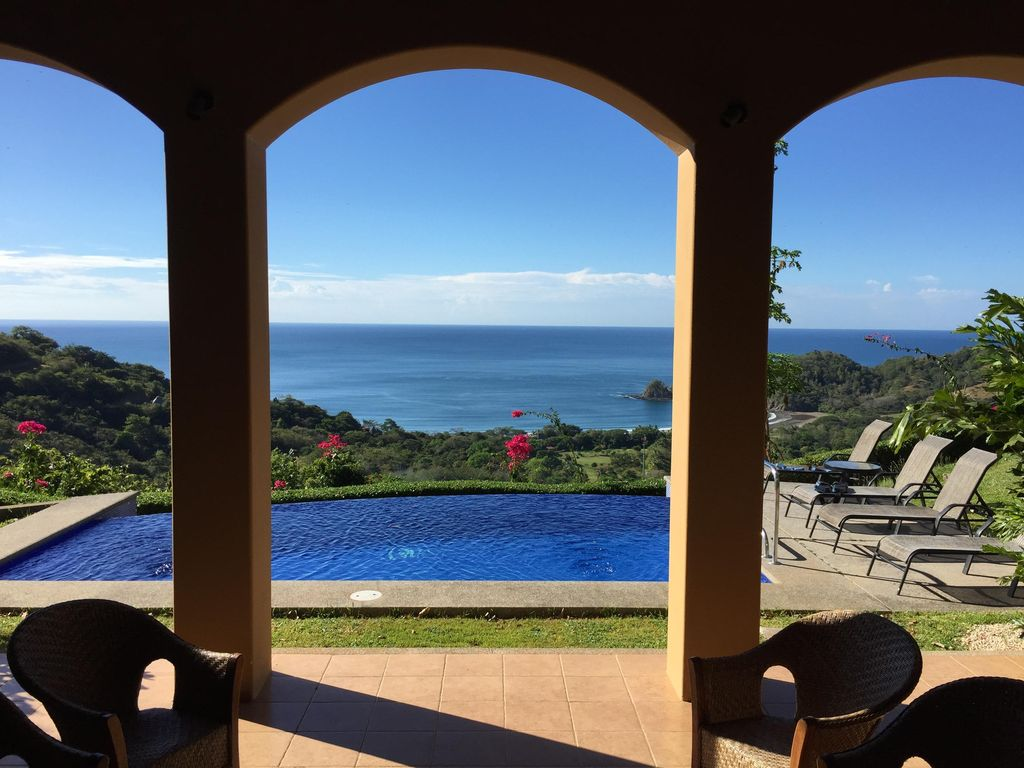 Luxury costa rica beach house filadelfia guanacaste for Luxury rentals in costa rica