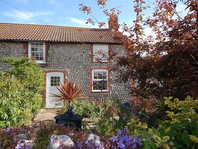 Photo for Romany Rye is one of the oldest and prettiest Fisherman's cottage in Sheringham in a great location