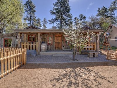 Photo for The Barn House - Charming home close to downtown square