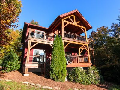 Photo for Muir Lodge - 6 miles from Blowing Rock with Hot Tub, 3 Master Suites & Pet Friendly!