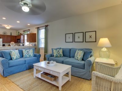 Photo for Family-friendly home w/ shared hot tub - beach access 1 mile away!
