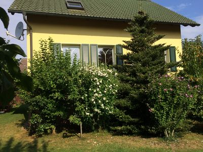 Photo for Detached holiday home, lake u. Near the forest, very quiet and green