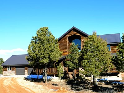 Photo for Beautiful 5 bedroom home near Zion National Park and Zion Ponderosa Resort