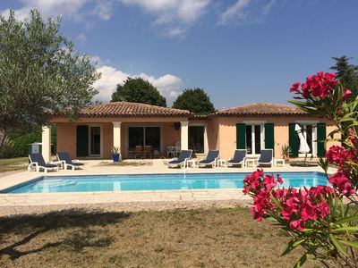 Photo for Beautiful and family friendly 3 bedroom Provence Villa, with heated pool