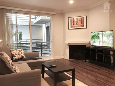 Photo for Fabulous Apartment Walk to UCLA in Los Angeles *D3