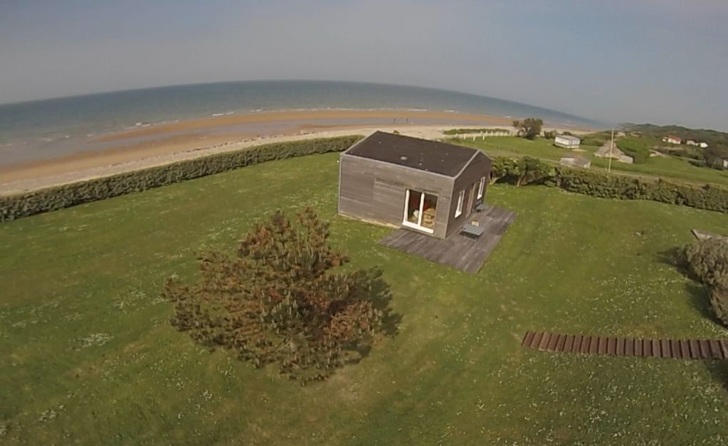 Villa with a 1500 sq.m garden, 25 m way from the Omaha Beach