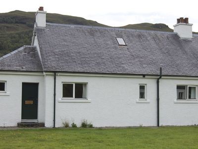 Strathan Cottage, all on one level