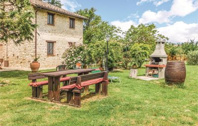 Photo for 7 bedroom accommodation in Pietrafitta (PG)