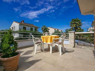Photo for Holiday apartment Poreč for 2 - 4 persons with 1 bedroom - Holiday apartment in a double bungalow