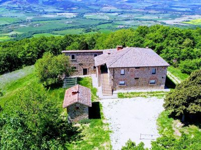 Photo for 7 bedroom Villa, sleeps 14 in La Foce with Pool and WiFi
