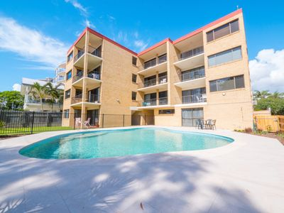 Photo for 2BR Apartment Vacation Rental in Golden Beach, QLD