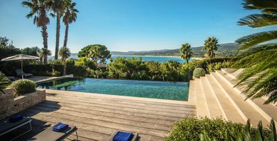 Photo for 5bd modern villa with pool in St. Tropez 5 min from beach