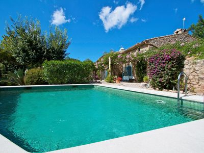 Photo for Charming traditional country finca set in Idyllic grounds with private pool
