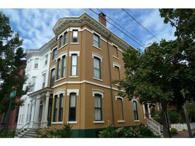 Photo for Family-Friendly West End Townhouse!!