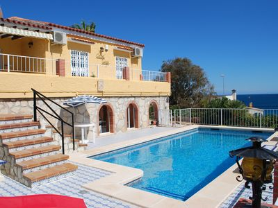 Photo for Large villa, private pool, seaview, A/C, BBQ, Wi-Fi, Coveta Fuma El Campello