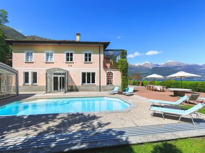 Photo for Large luxury villa with pool on the shores of Lake Como!