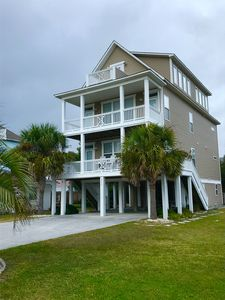 Photo for Spacious, comfy getaway steps from the ocean★Hear the waves★Close to everything