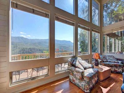 A room with a view - The living area's wall of picture windows lets in plenty of sunshine and allows you relish the mountain view even while you're indoors.