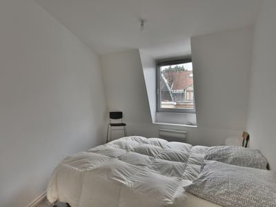 Photo for 2 Bd apt renovated, comfortable next to the subway