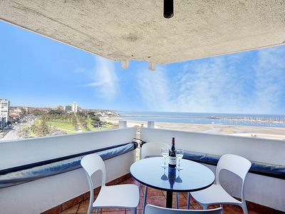Photo for Pure Beachfront Bliss
