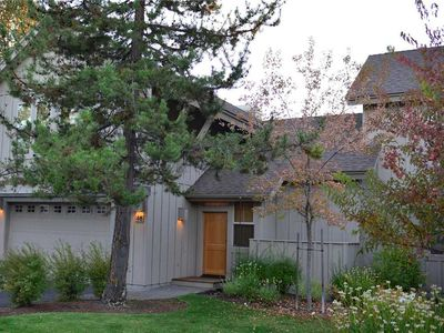 Photo for 46 Fremont Crossing: 3 BR / 3.5 BA townhome in Sunriver, Sleeps 8