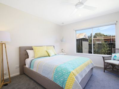 Photo for 18 on Rayner - swish apartment Myrtleford