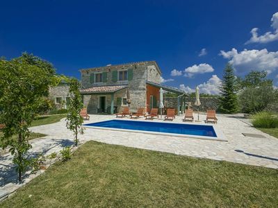 Photo for Authentic istrian stone house with pool, Central Istria