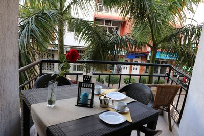 Cozy balcony, here you can have breakfast together!