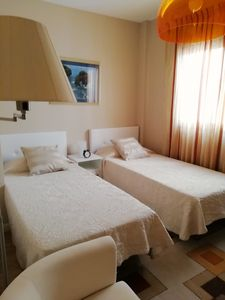 Photo for Beautiful modern twin bedroom with  private bathroom.