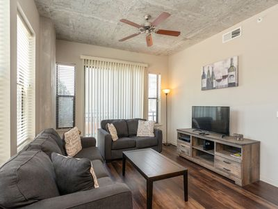 Photo for Amazing 2 Bedroom 2 Bathroom Furnished Apartment