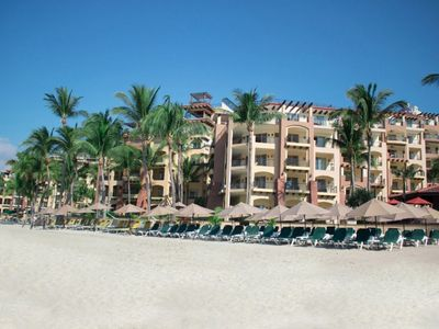 """Photo for 1 bdrm 'beach resort"""" opt. all inclusive ($100/person/day)(1/2 if under 12 )"""