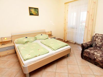 Photo for Studio flat with balcony and sea view Vodice (AS-6178-a)