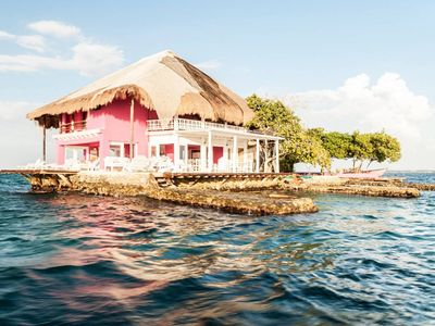 Photo for Stand-Alone Isla Rosa Boutique  - 40ft speedboat included