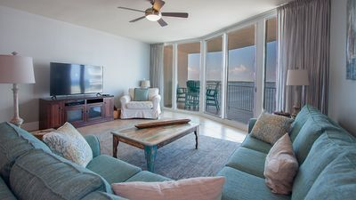 Photo for Bright Two Bedroom Family Condo with Waterfront Views
