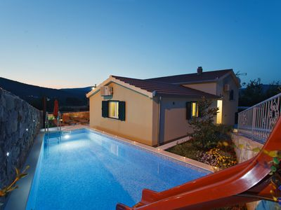 Photo for Quiet villa with heated swimming pool, water slide & jacuzzi just 2 km from sea